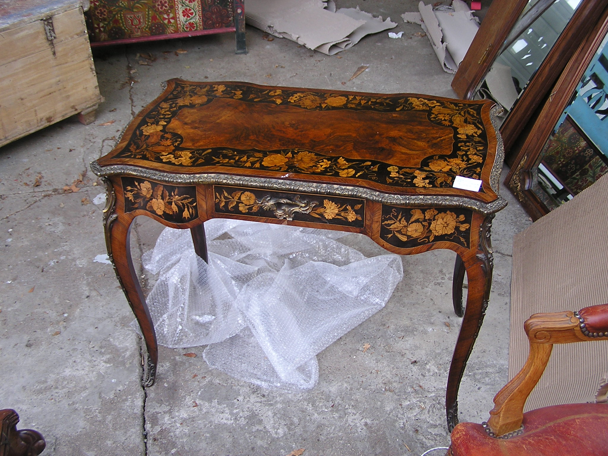 marquetry centre table