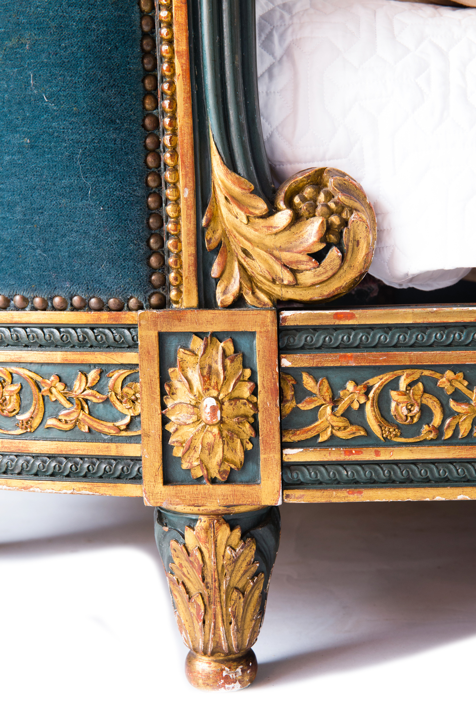antique_bed_french_louis_718_e